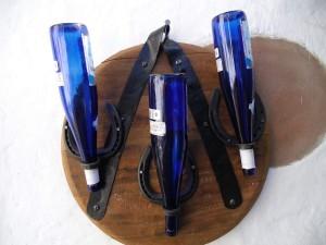 Fondo barrica soporte de tres botellas